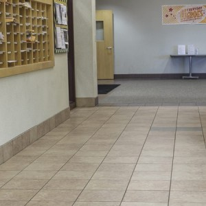 ragno-eclipse-commercial-tile-installation1-680x450